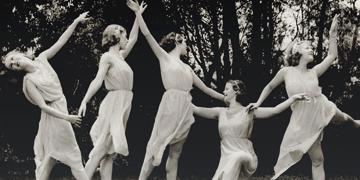 Ballet dancers posing