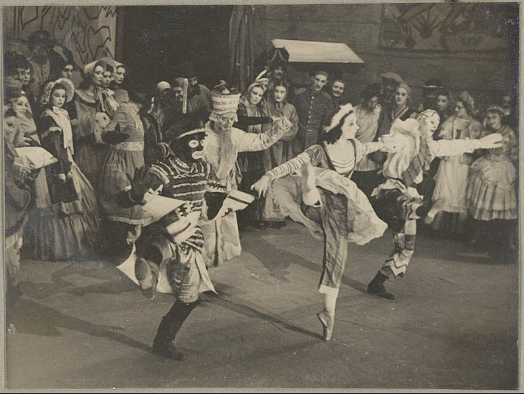Photograph of a scene from Petrouchka, Ballets Russes Australian tours