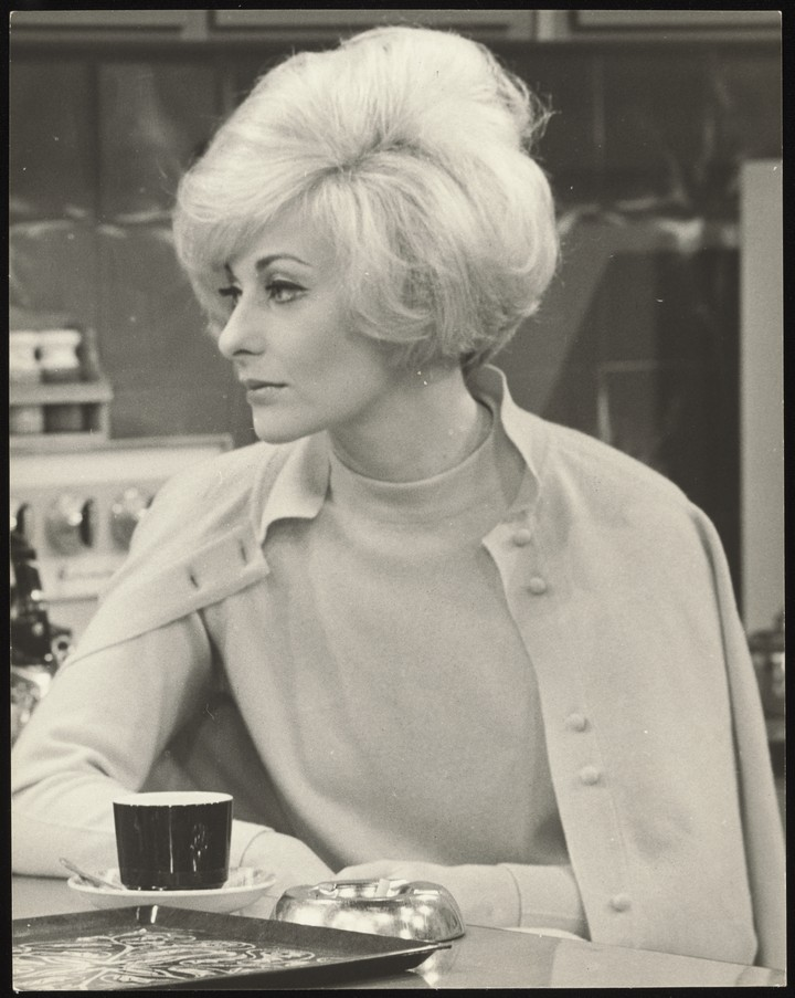 Noeline Brown on the Set of Rita and Wally 1968