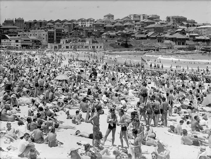 Bondi Beach, Frank Hurley
