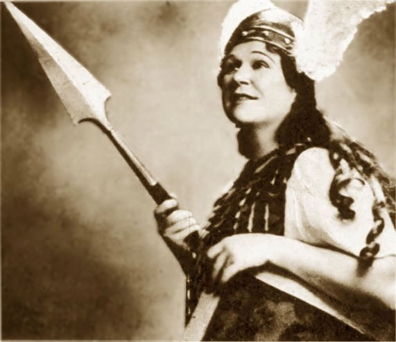 Florence Austral as Brunnhilde, 1924