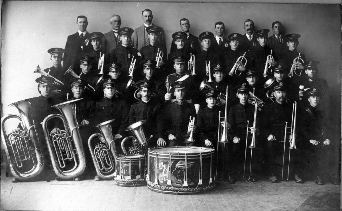 Geelong City Municipal Band in 1914 at the South Street Competition in Ballarat