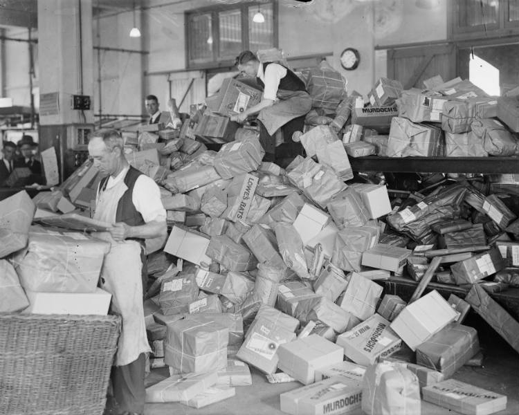 General Post Office employees sorting Christmas parcels, Sydney, 1929