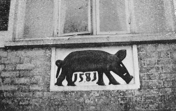 Hogg House rebus plaque