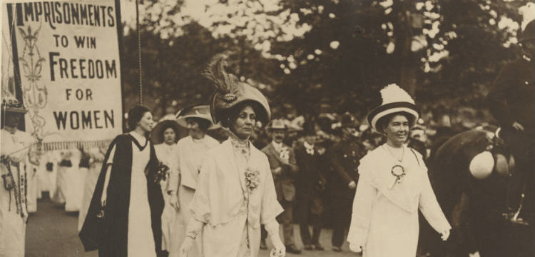 Suffragettes' coronation demonstration headed by Mrs Pankhurst and Mrs Pethick Lawrence, 1911