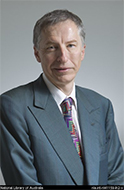 Portrait of Library Council Member Dr Nicholas Gruen