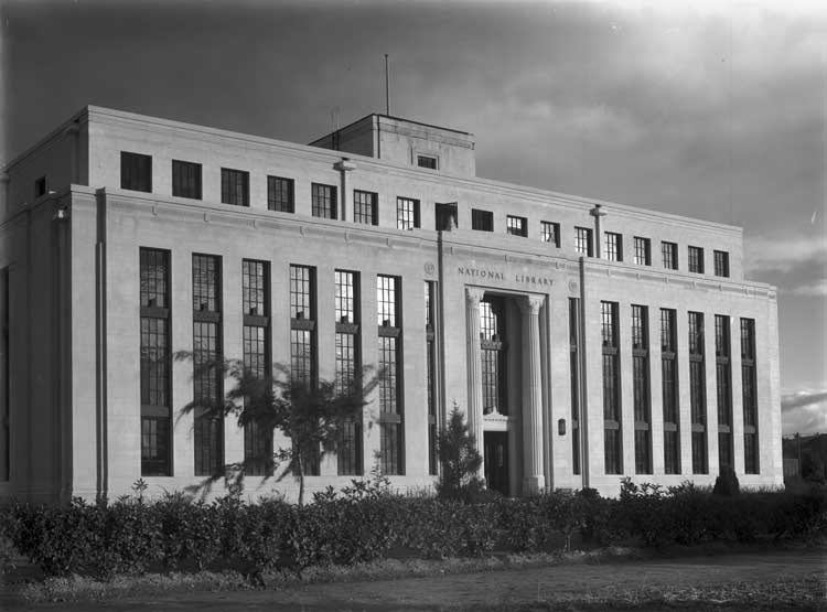National Library building on Kings Avenue, Canberra