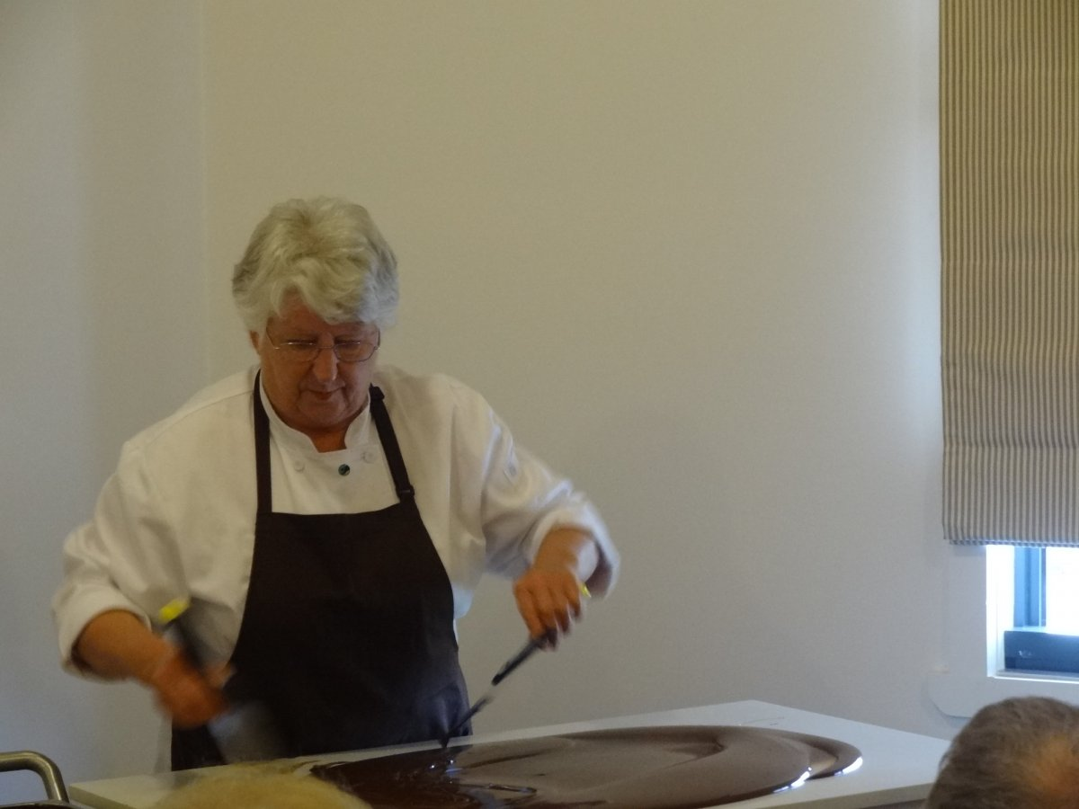 Robyn Rowe Tempering Chocolate