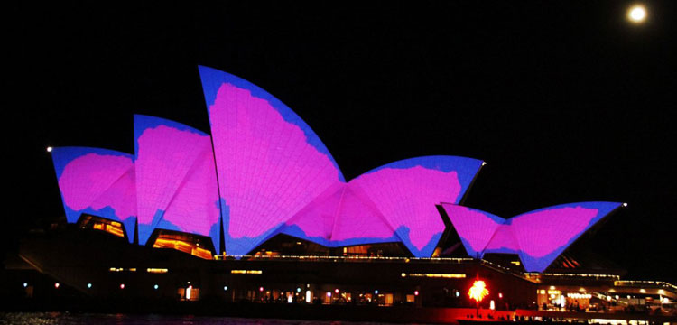 Image of the Opera House during Vivid festival