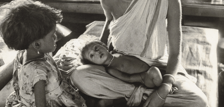 Penny Tweedie, 'Refugees Suffering from Malnutrition, India', 1971