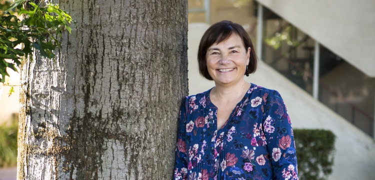 Dr Joy McCann