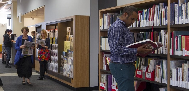 people using the reading room