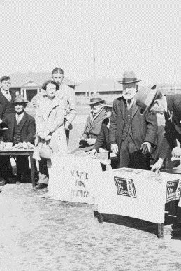 Voting taking place during the Referendum on licensing of Hotels Canberra 1928