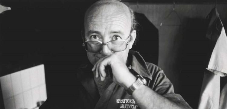 Image:RobertMcFarlane,Author Tom Keneally back stage at the Nimrod Theatre, Sydney, 1980,nla.gov.au/nla.obj-152397918